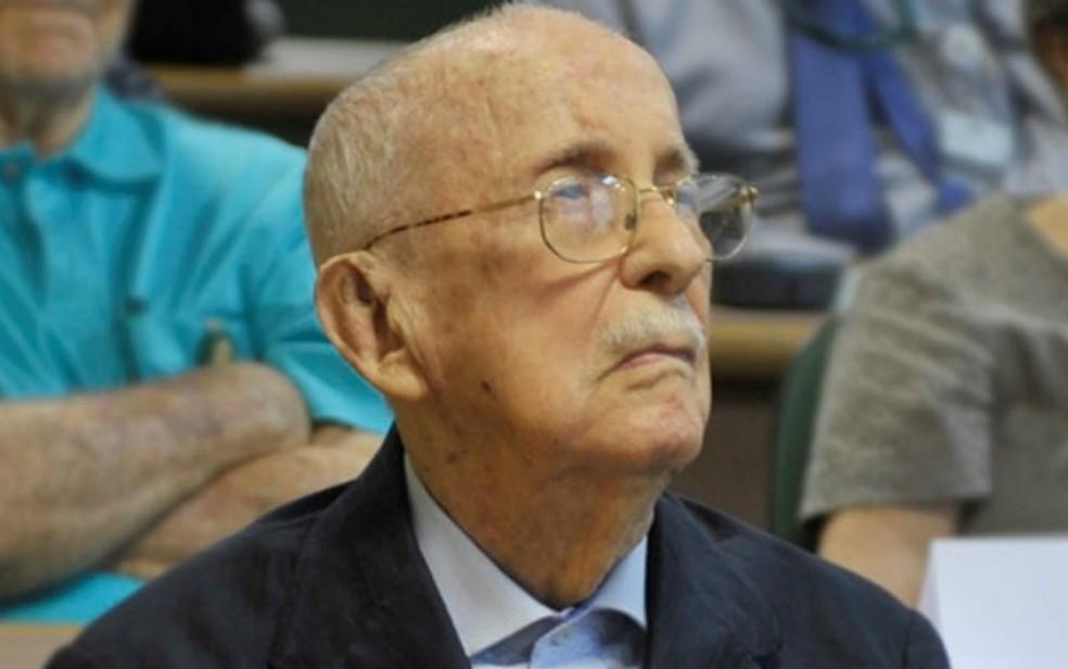 O médico e professor da USP Sylvio de Vergueiro Forjaz — Foto: Vladimir Tasca/USP