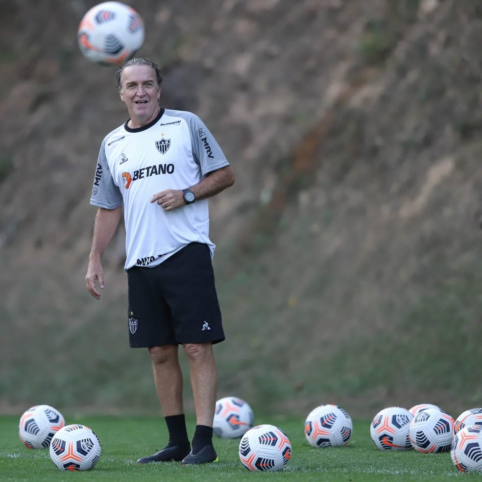 Cuca em treino do Atlético-MG — Foto: Pedro Souza/Atlético-MG