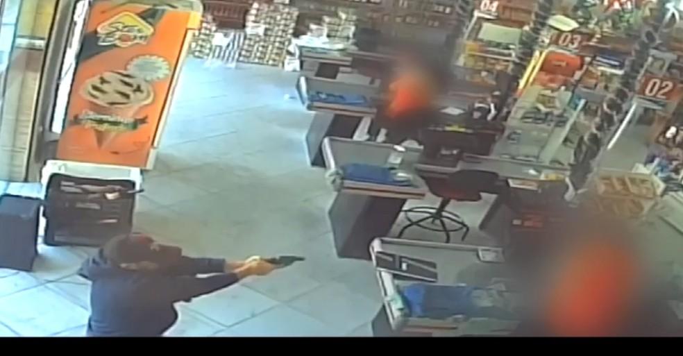 Operador de caixa foi assassinado a tiros em cidade do Oeste potiguar. — Foto: Reprodução