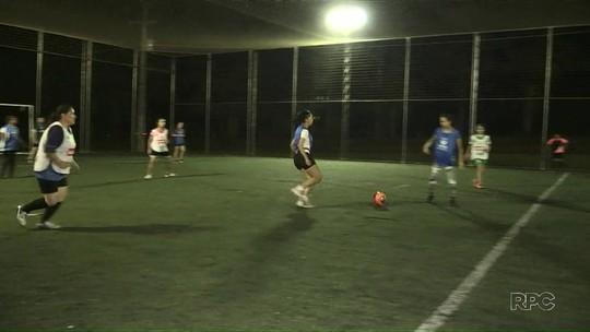 Projeto social oferece futebol de graça no Recanto Verde em PG
