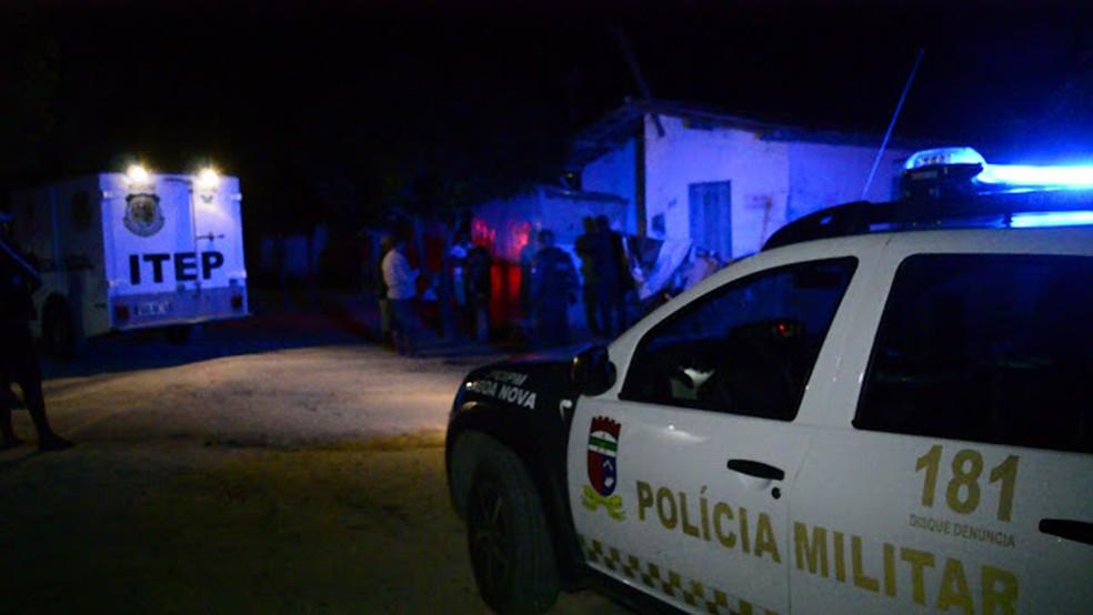 Cinco pessoas da mesma família são mortas em chacina no interior potiguar  (Foto: Cleto Filho)