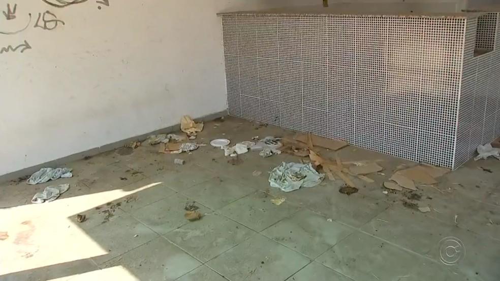 Metade dos bicicletários de Sorocaba está abandonada e com estruturas vandalizadas (Foto: Reprodução/TV TEM )