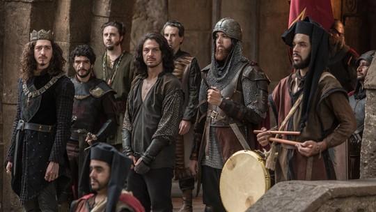 Romulo Estrela comenta os bastidores do julgamento de Afonso em 'Deus Salve o Rei'