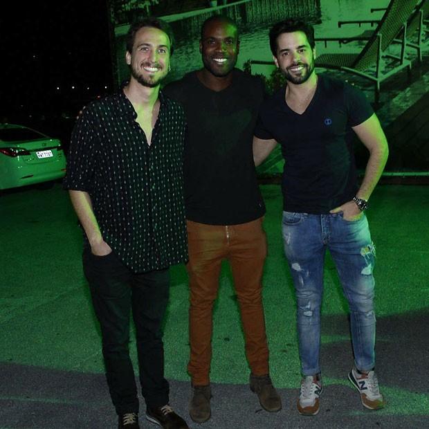 Igor Angelkorte, Rafael Zulu e Pedro Carvalho (Foto: Marcos Ferreira/Brazil News)