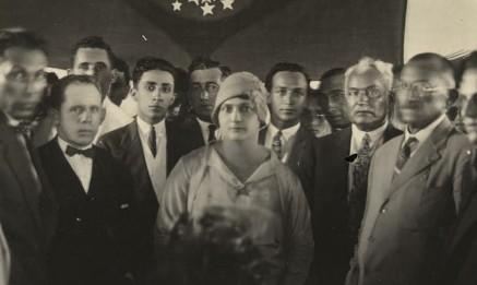 Alzira Soriano entre os membros de seu gabinete ao tomar posse, em 1929