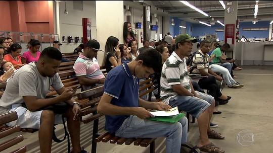 Brasileiro leva em média 14 meses para conseguir emprego, diz pesquisa