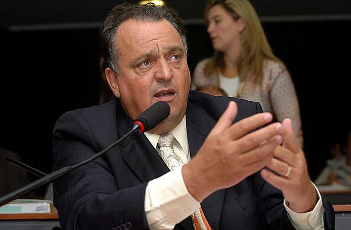 MP pede que estado cumpra decisão que condenou deputado no mensalão a não ocupar cargo público