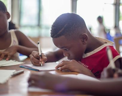 Educação financeira nas escolas está formando jovens mais conscientes