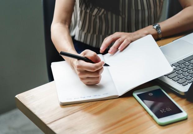 Algumas razões para não sermos produtivos no trabalho estão fora do nosso controle – e é preciso ter atençaõ a elas (Foto: Pexels)