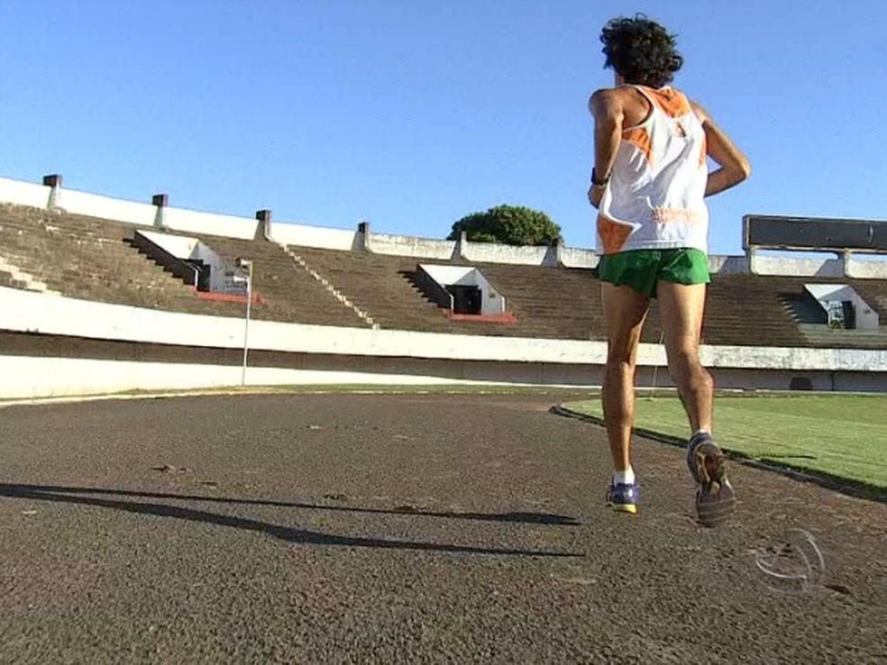 Yeltsin Jacques em treinamento no estádio Morenão, em Campo Grande, no ano de 2014. — Foto: Reprodução/TV Morena