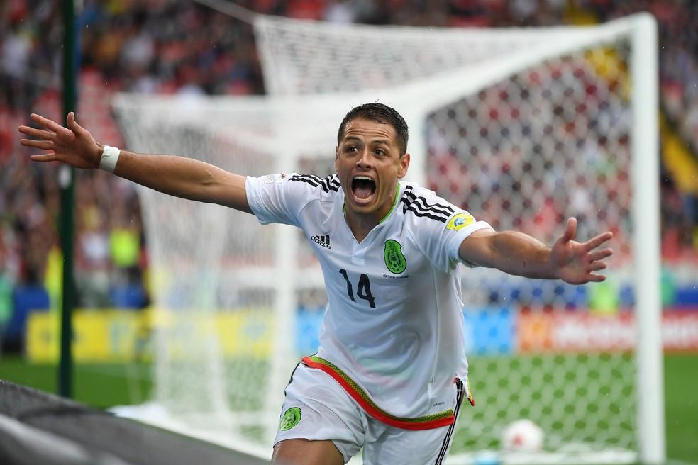 Chicharito em ação pela seleção mexicana (Foto: Getty Images)
