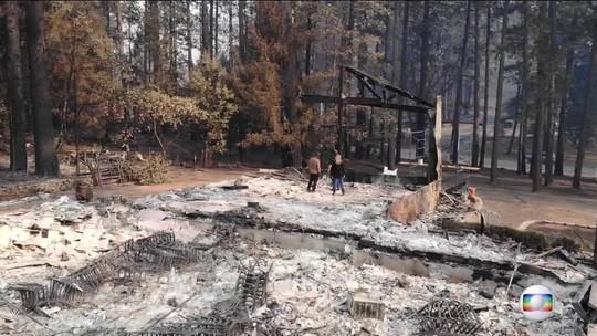 Pastor mostra igreja que foi destruída pelo fogo na Califórnia