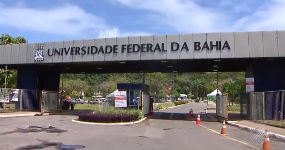 Professora e alunos foram assaltados na Ufba. — Foto: Reprodução/ TV Bahia