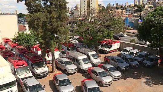 Quase 50 ambulâncias doadas pelo Ministério da Saúde estão abandonadas em Minas Gerais
