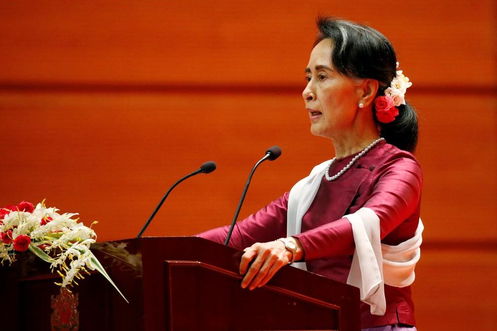 Aung San Suu Kyi, líder birmanesa, durante discurso sobre a situação da minoria muçulmanda rohingya (Foto: REUTERS/Soe Zeya Tun)