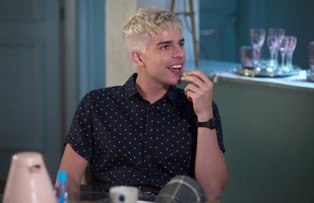 Na quarta-feira (23), William (Diego Montez) anunciará a Gisele (Sheron Menezzes) que irá desmascarar Diogo (Armando Babaioff) TV Globo
