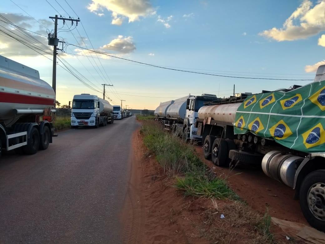 Protesto de caminhoneiros completa uma semana no Triângulo, Alto Paranaíba e Noroeste de MG