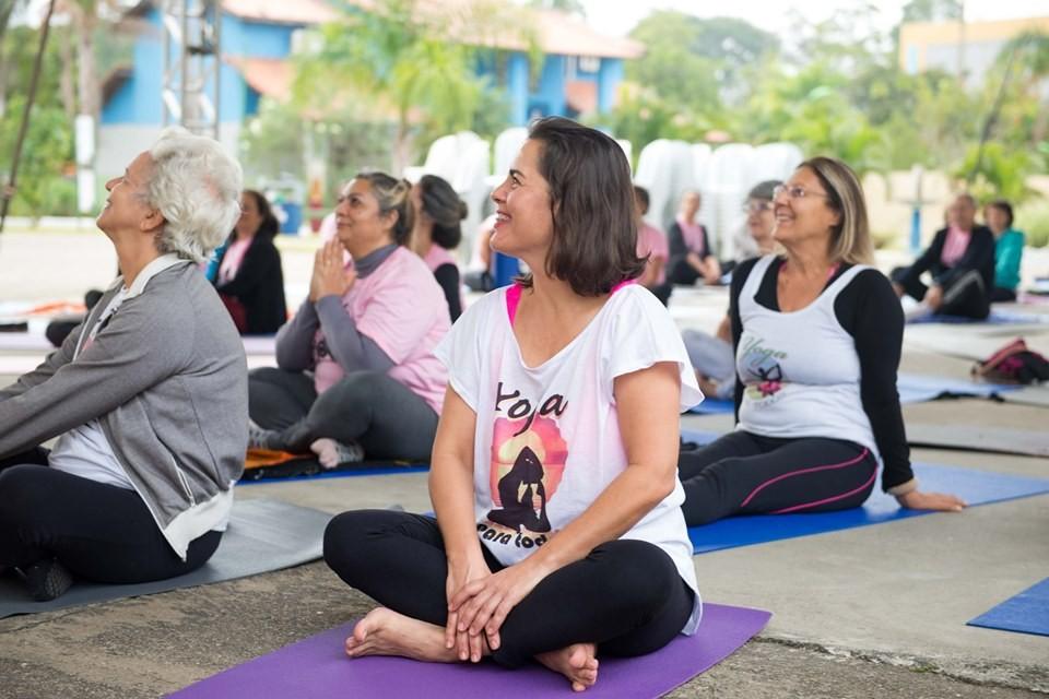 Projeto 'Yoga é Luz' acontece neste sábado em Resende - Notícias - Plantão Diário