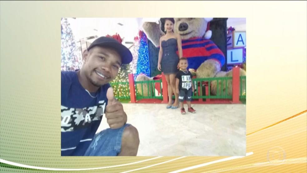 Baianos encontrados mortos dentro de casa com churrasqueira acesa viajaram para SP para trabalhar — Foto: Reprodução/TV Globo