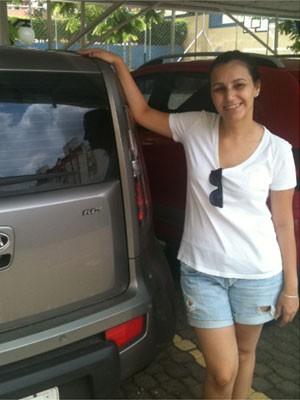 A estudante Sarah Britto procura por uma vaga há cerca de um mês em Campinas (Foto: Marília Rastelli / G1 Campinas)