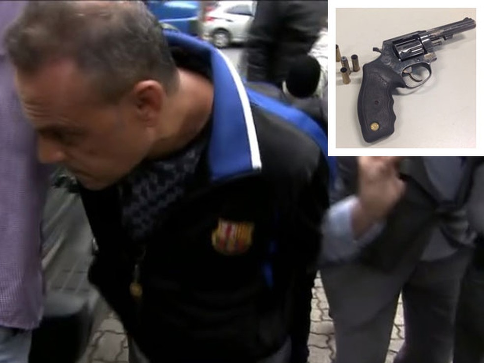 Pistoleiro Eliezer de Aragão e arma que usou para matar empresário (no detalhe) (Foto: Reprodução/Arquivo/TV Globo e Glauco Araújo/G1)