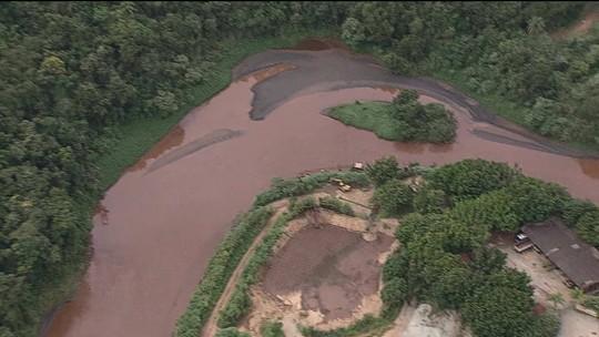 Rompimento da barragem da Vale deixa rastro de destruição ao longo do rio Paraopeba
