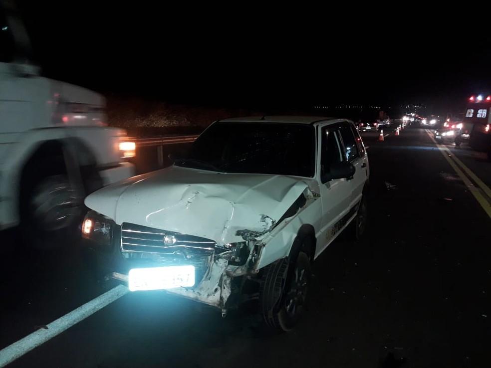 Engavetamento envolveu três veículos na rodovia entre Assis e Tarumã  — Foto: The Brothers / Divulgação