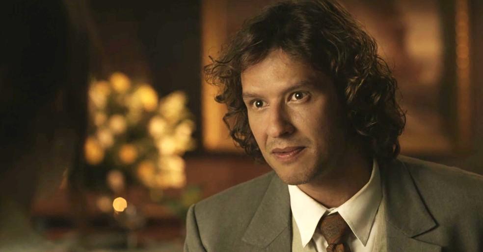 Edmundo é direto e sincero com Ema sobre o que pensa do casamento  (Foto: TV Globo)