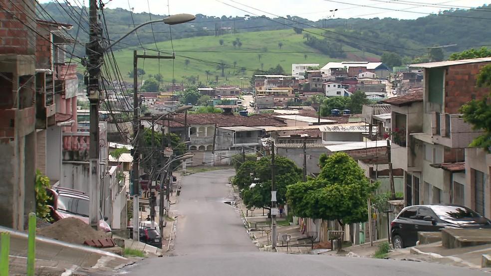 São Lourenço da Mata teve diminuição no movimento de pessoas neste domingo (17) — Foto: Reprodução/TV Globo