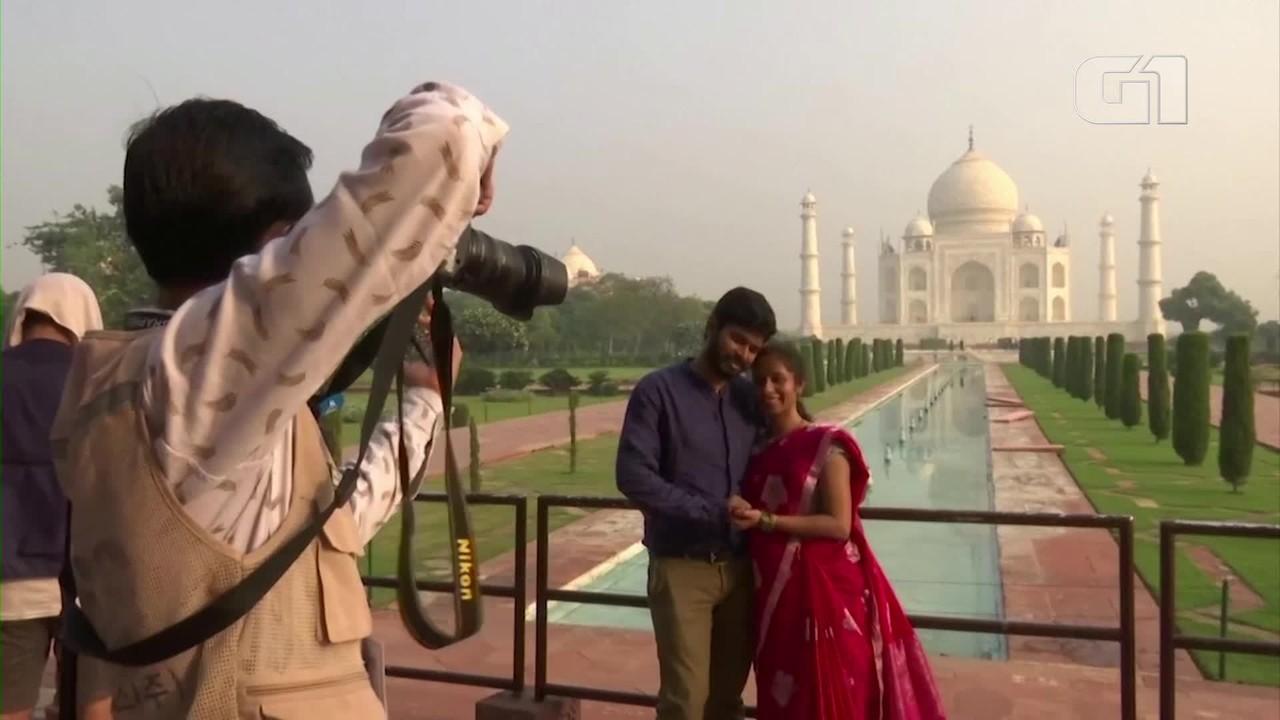 Taj Mahal reabre apesar do aumento de casos de Covid-19 na Índia