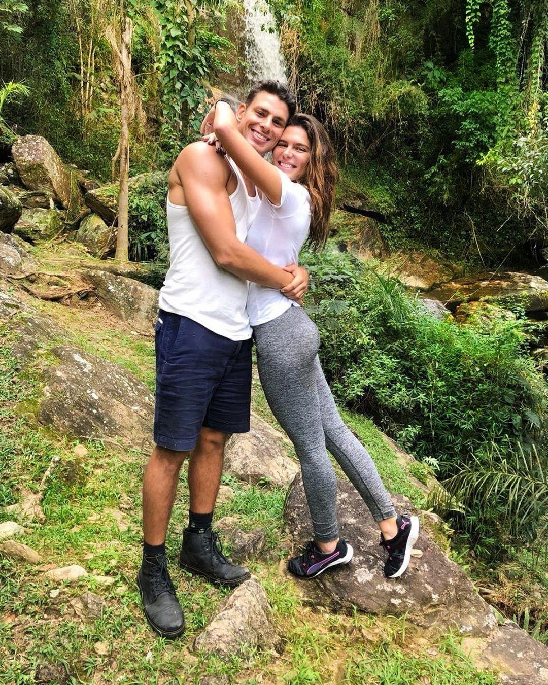 Mariana Goldfarb e Cuã Reymond (Foto: Reprodução / Instagram)