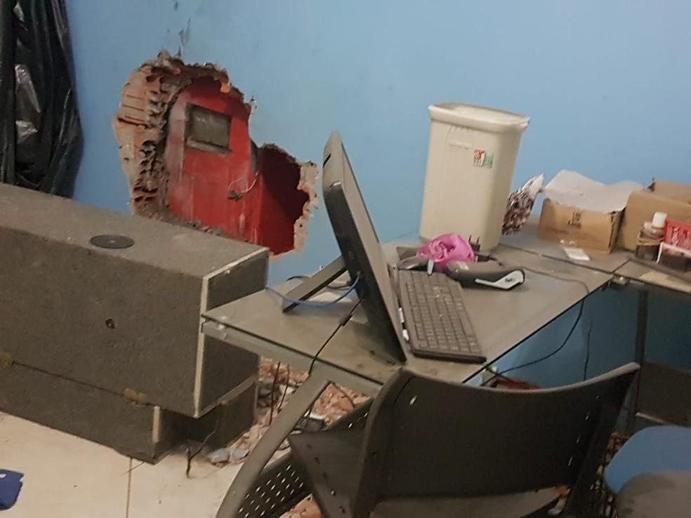 Suspeitos tiveram acesso aos caixas pela administração da autoescola — Foto: Edson Oliveira/Arquivo pessoal