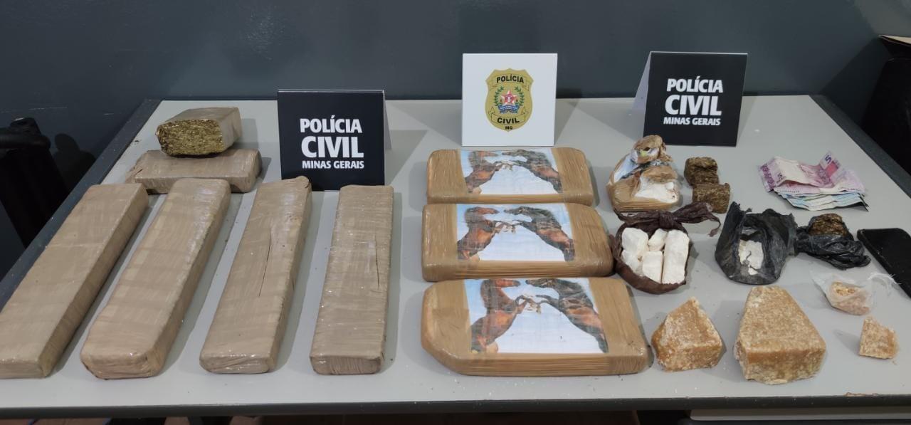 Homem é preso com 4 kg de cocaína e outros 5 kg de maconha no bairro Casarão, em Passos