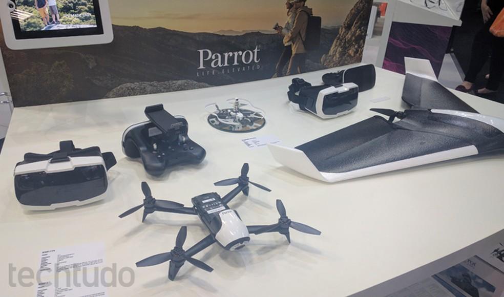 Parrots agora contam com óculos especiais e versões mais robustas de drones (Foto: Melissa Cruz Cossetti / TechTudo)