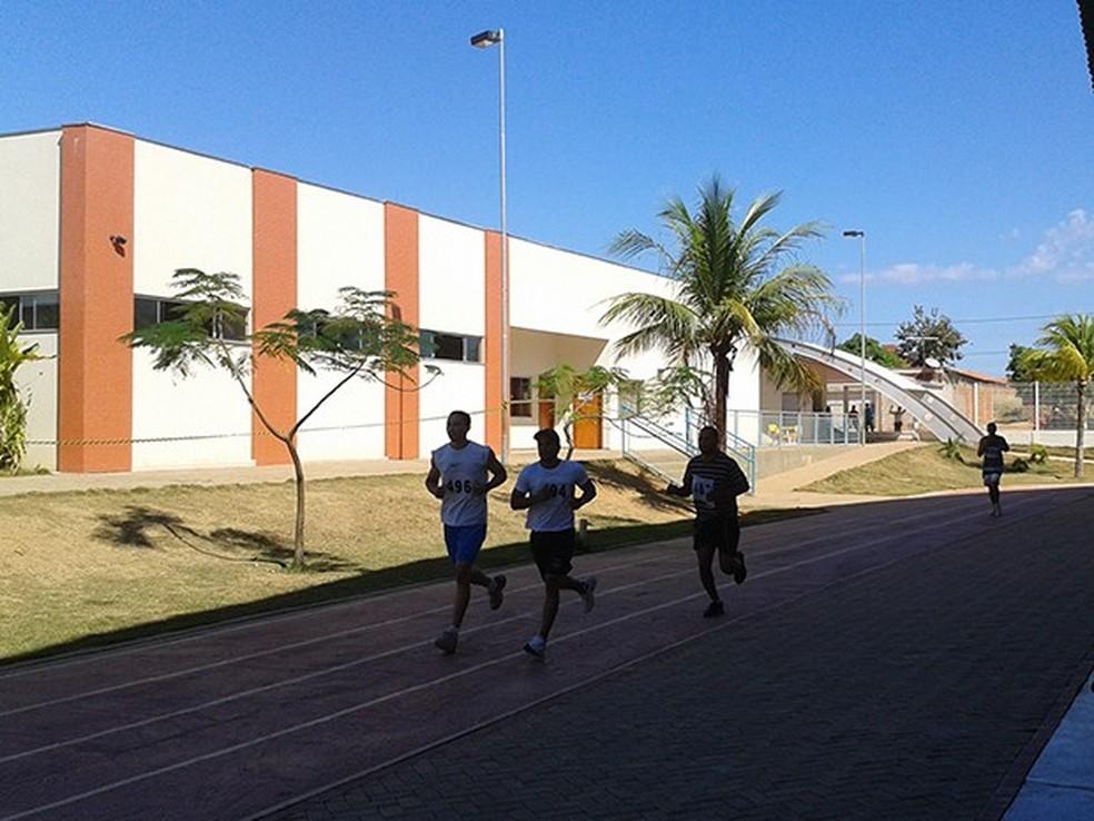 Apenas 200 candidatos foram considerados aptos após testes físicos na Polícia Militar do Tocantins — Foto: Wesley Borges/Arquivo Pessoal
