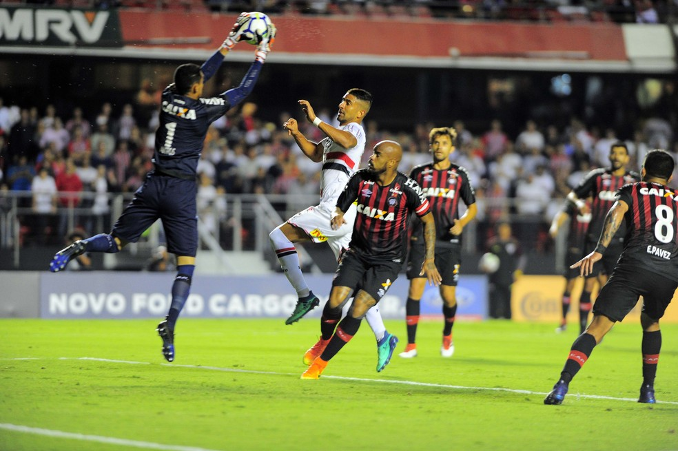 Atlético-PR garante vaga nas oitavas de final da Copa do Brasil (Foto: Marcos Ribolli)