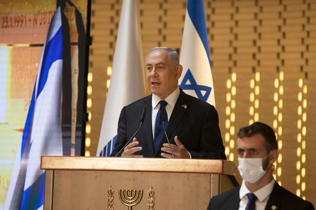 Primeiro-ministro Benjamin Netanyahu discursa em Jerusalém em 14 de abril de 2021 — Foto: Maya Alleruzzo/Pool/Arquivo/AP Photo