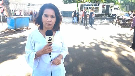 Moradores de Sarandi fazem protesto pedindo a retirada da cadeia do Centro da cidade