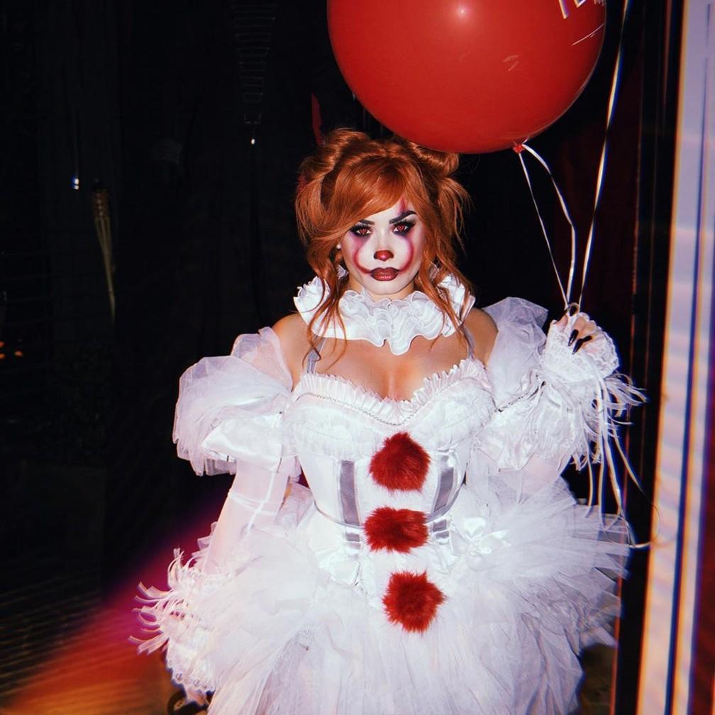 """Demi Lovato também se fantasiou como o palhaço assassino, Pennywise, do filme """"It, a coisa"""", neste Halloween — Foto: Divulgação/Instagram/Ddlovato"""