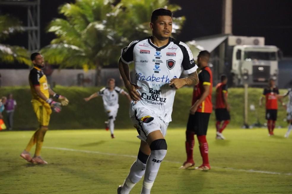 Botafogo-PB depende só das suas próprios forças para se classificar — Foto: Paulo Cavalcanti / Botafogo-PB