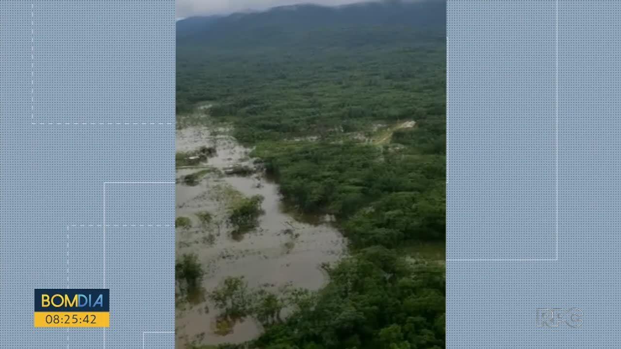 Pontos de Guaraqueçaba ficam alagados após chuvas do fim de semana