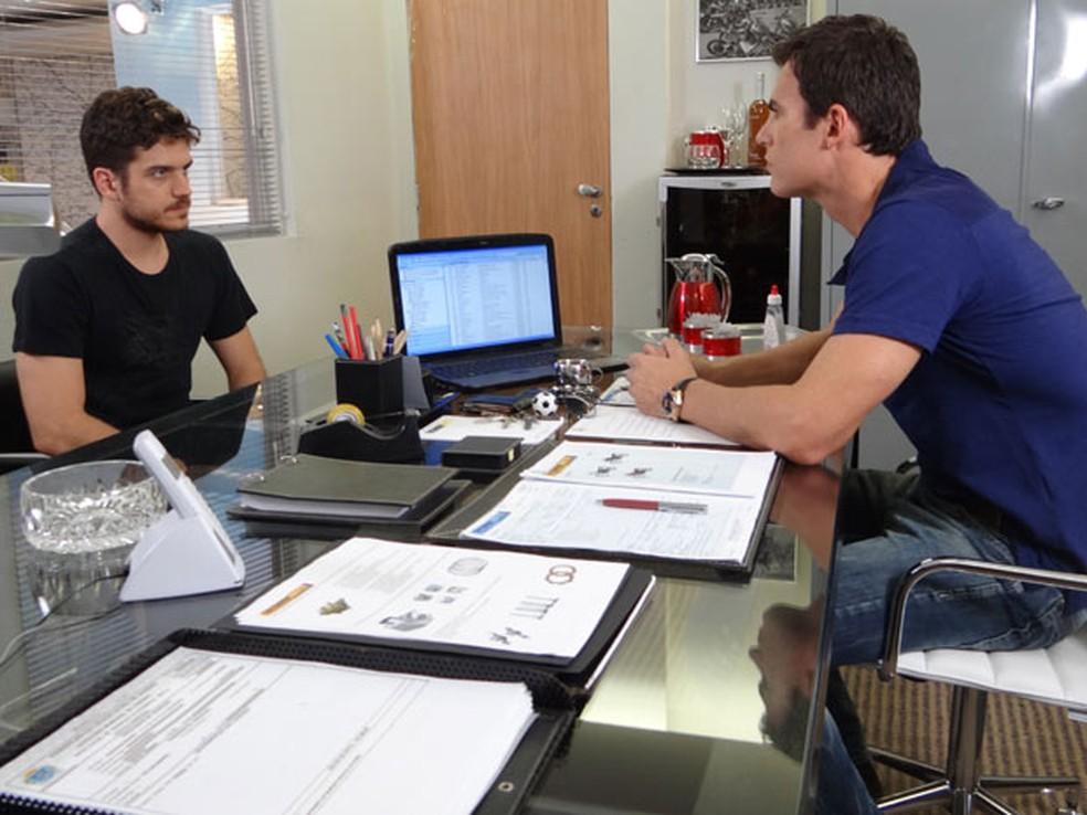 Rafael pede demissão da Fashion Moto — Foto: Globo