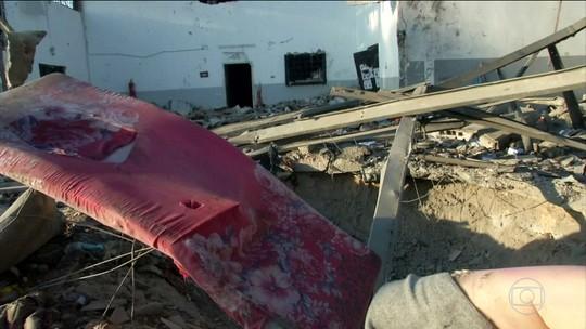 Mais de 40 imigrantes morrem em ataque a campo de detenção na Líbia