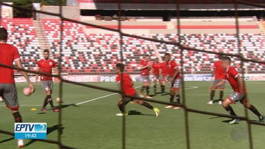 Botafogo-SP tenta quebrar jejum de 18 anos sem vencer o Santos