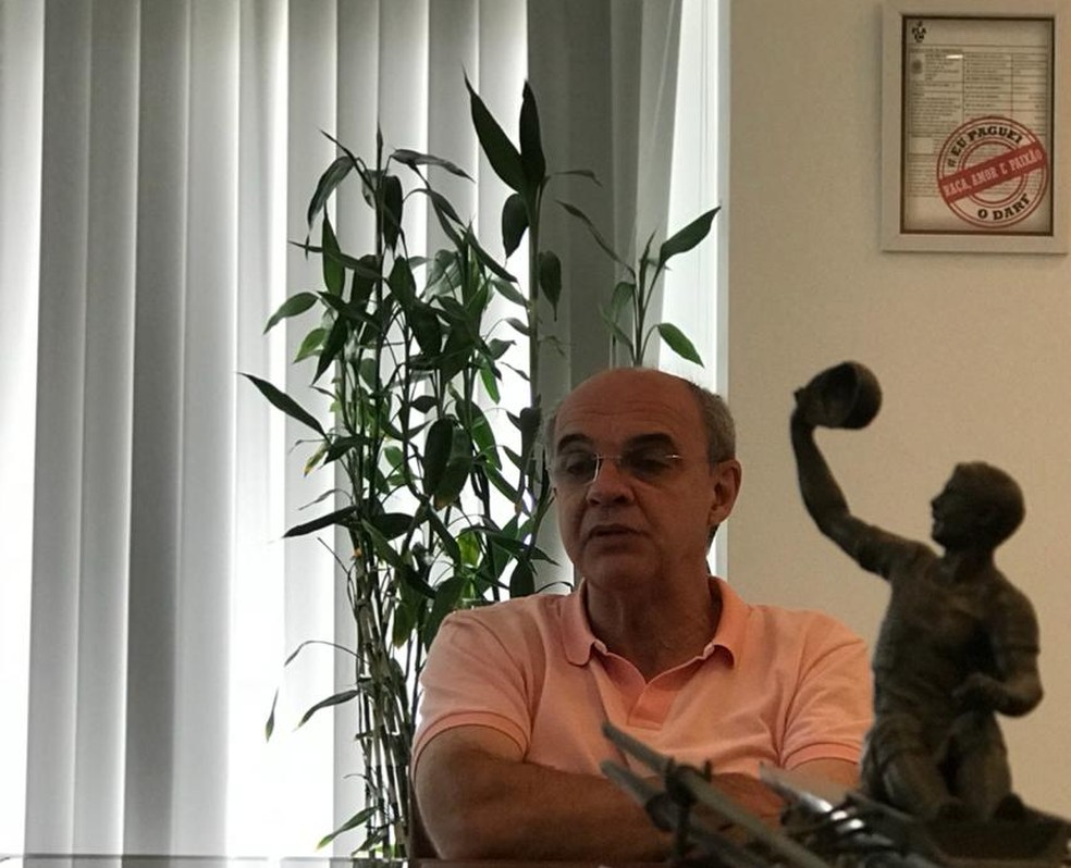 Eduardo Bandeira de Mello, de 65 anos, termina seu mandato no Flamengo no fim de dezembro — Foto: Cahê Mota
