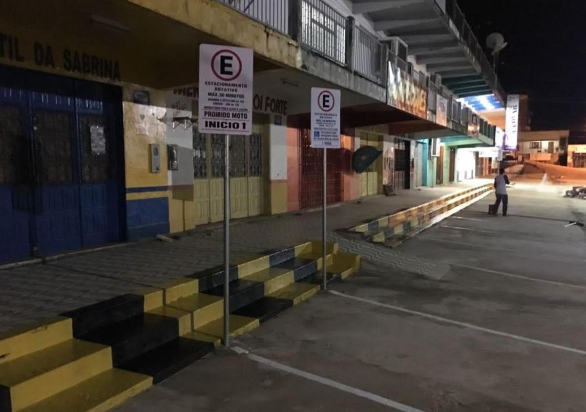 Estacionamento rotativo é implantado em área central no interior do Acre