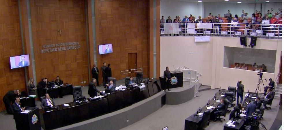 Deputados aprovam projetos e cria datas comemorativas — Foto: TVCA/Reprodução