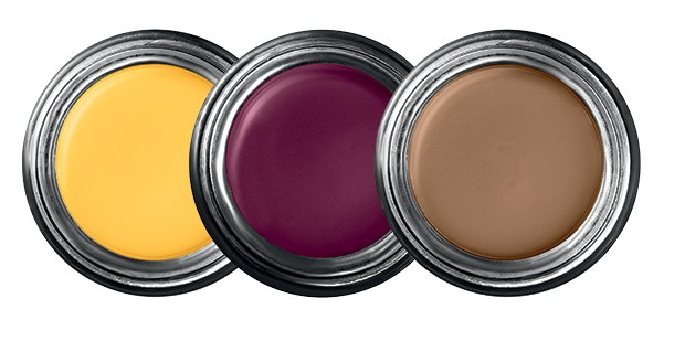 Beauty News - Kat Von D criou uma linha de produtos, a Brow Struck (Foto: Divulgação)