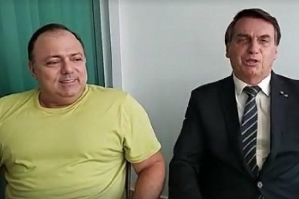 O ministro da Saúde Eduardo Pazuello e o presidente Jair Bolsonaro