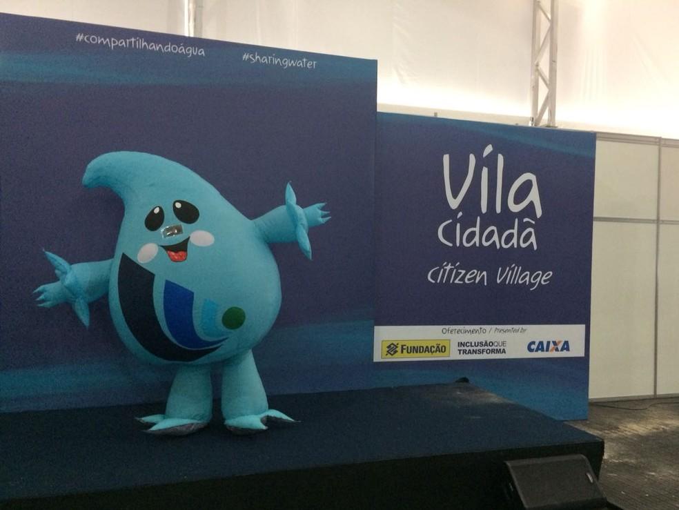 Gotita, mascote do Fórum Mundial da Água (Foto: Wellington Hanna/TV Globo)